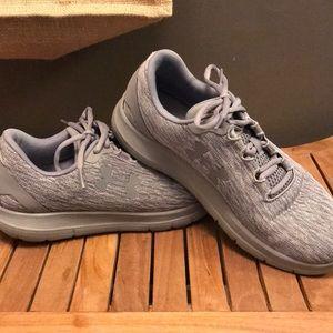 Women's under amour tennis shoes